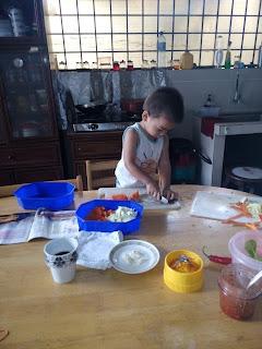 memasak dengan anak