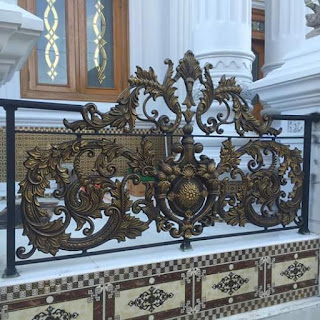 Model Pagar besi Tempa Klasik, sangat cocok dengan rumah mewah bergaya klasik