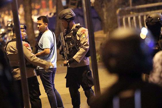 Isis Klaim Penanggung Jawab Teror Bom di Kampung Melayu