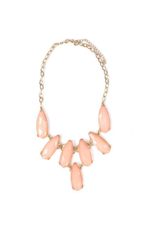 coral pink necklace for spring