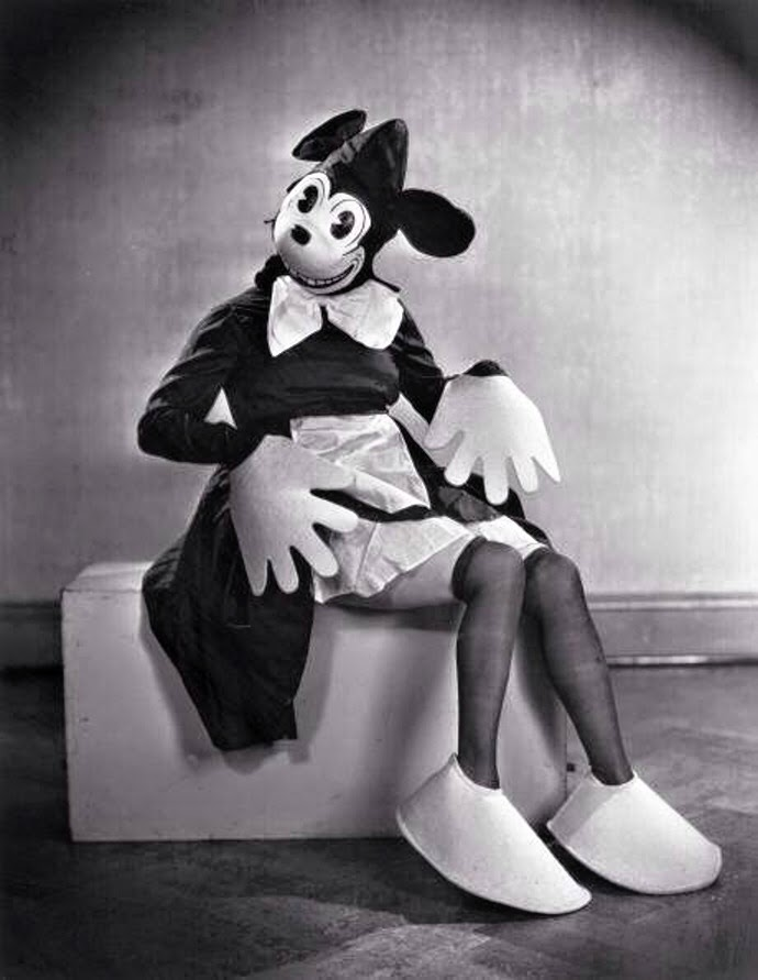 Vintage Minnie Mouse Black And White 56914 Loadtve