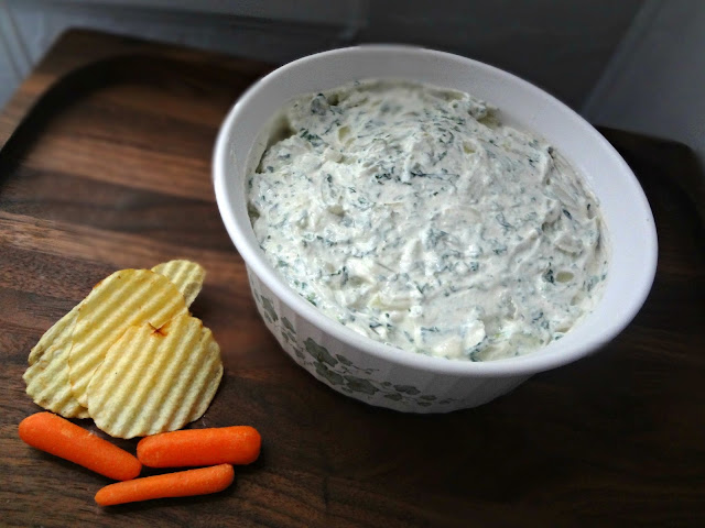 Sour Cream, Spinach, and Onion Dip (Lightened Up)