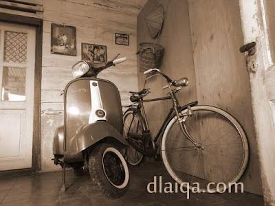 vespa dan sepeda antik