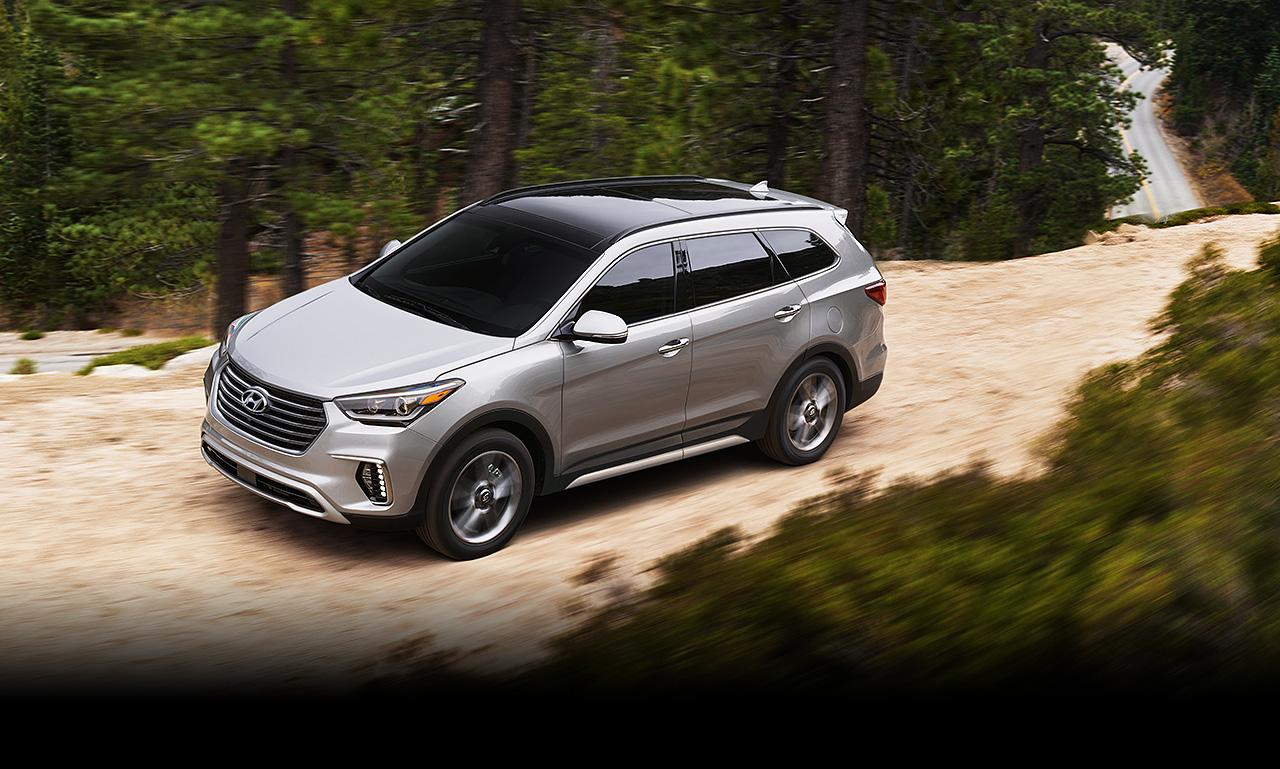 Hyundai SantaFe vẫn thế, vẫn mạnh mẽ, vẫn uy lực, chắc chắn