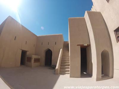 Viaje a Omán, 3º parte. Nizwa y la costa al norte de Mascate