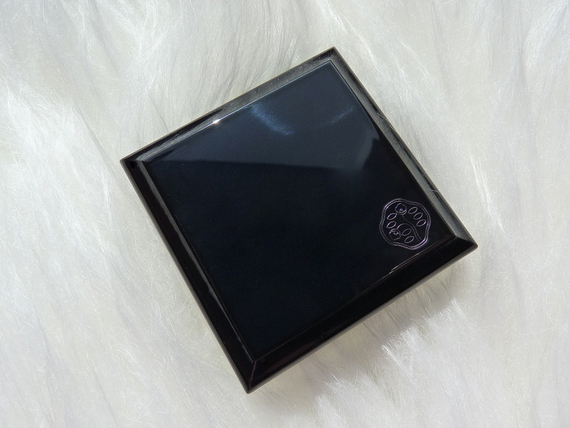 Shiseido EYE SHADOW LUMINIZING SATIN YE121 Bone