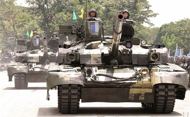 Image Attribute: T-84 Oplot-M being paraded in Thailand by Royal Thai Army (2016)