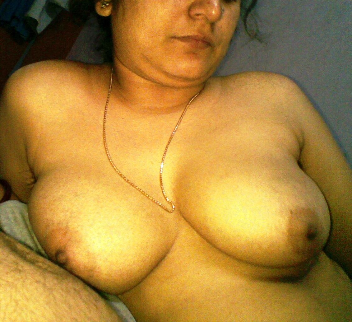 Pakistani bhabhi nude boobs busty twitter