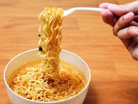 6 Penyakit ini Akan Merusak Tubuh Kamu Jika Sering Makan Mie Instan