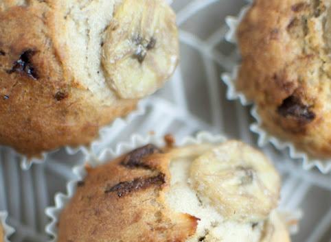 Bananowe muffinki z czekoladą