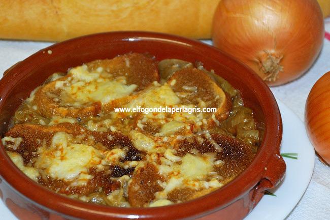 Sopa francesa de cebollas