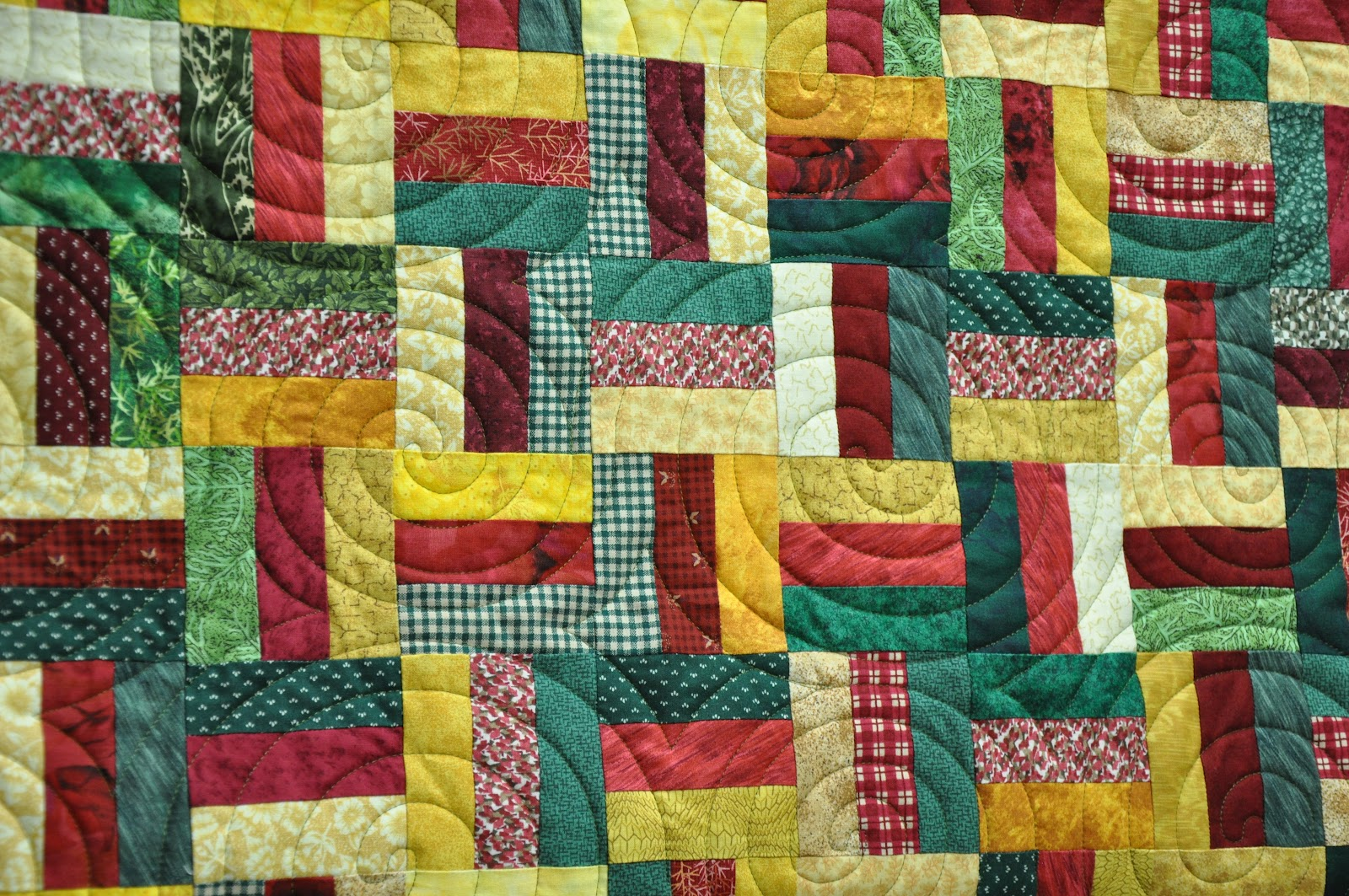 Silver Thimble Quilting: Fall Rail Fence - Quilted