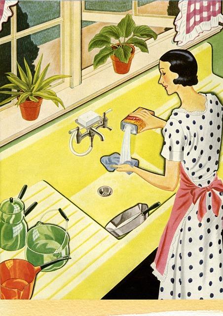 8 recetas para fabricar productos de limpieza caseros
