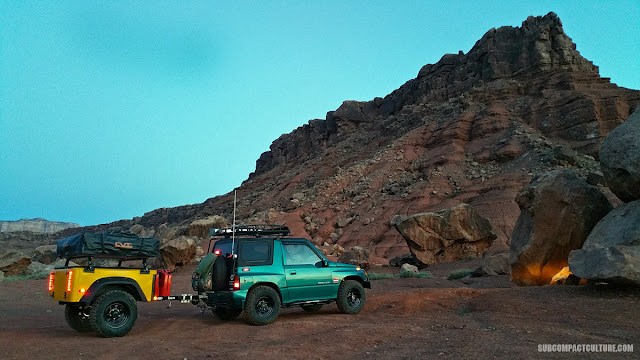 The Teal Terror in Marble Canyon on the way from Overland Expo 2016
