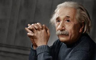 Albert Eynsteyn, Anlamli sozler, statuslar