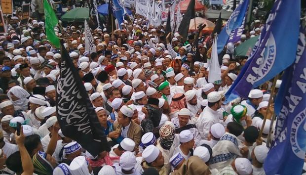 "Ormas Islam ""GBIB"" Jawa Timur Gelar Tabligh Akbar, Jelang Demo 212"