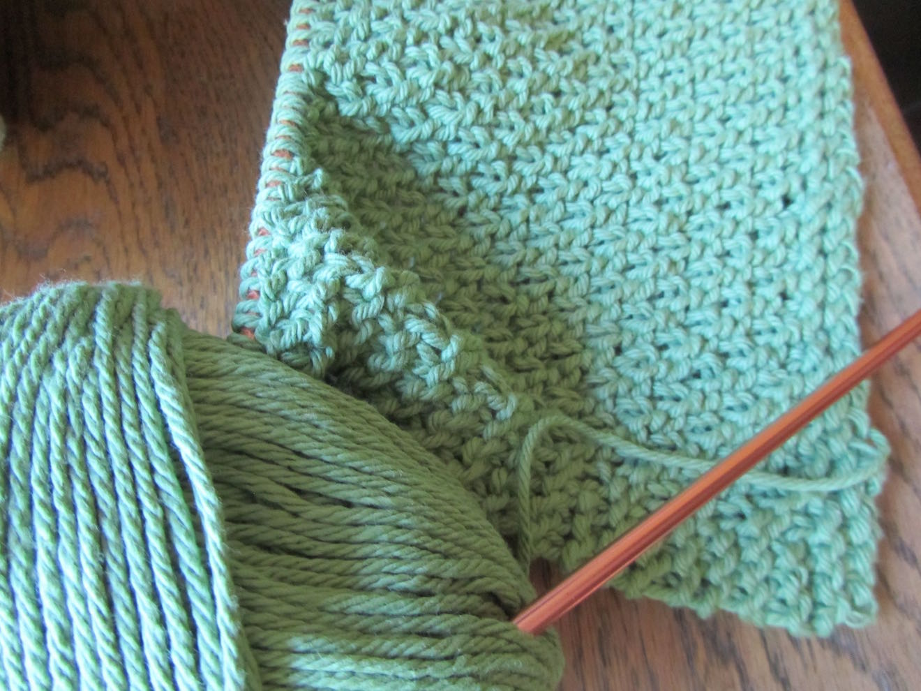 Knitting Tips : Knitting tips from one beginner to another