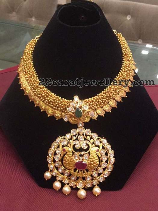 Latest Trend in Gold Jewellery