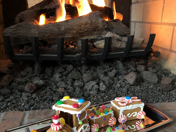 DIY: Gingerbread Train