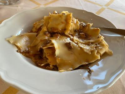 Trattoria del Moro - pasta (foiade) with rabbit.