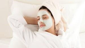 Ini Cara yang Benar Pakai Sleeping Mask Agar Tidur Kamu Nyenyak