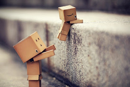 Teman atau Sahabat Sedang Sedih? Berikut Tips Menghibur Dia yang Sedang Sedih dan Galau