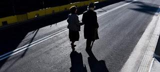 Ενα στα δύο νοικοκυριά στην Ελλάδα στηρίζεται σε συντάξεις - Το 20% φοβάται ότι θα χάσει το