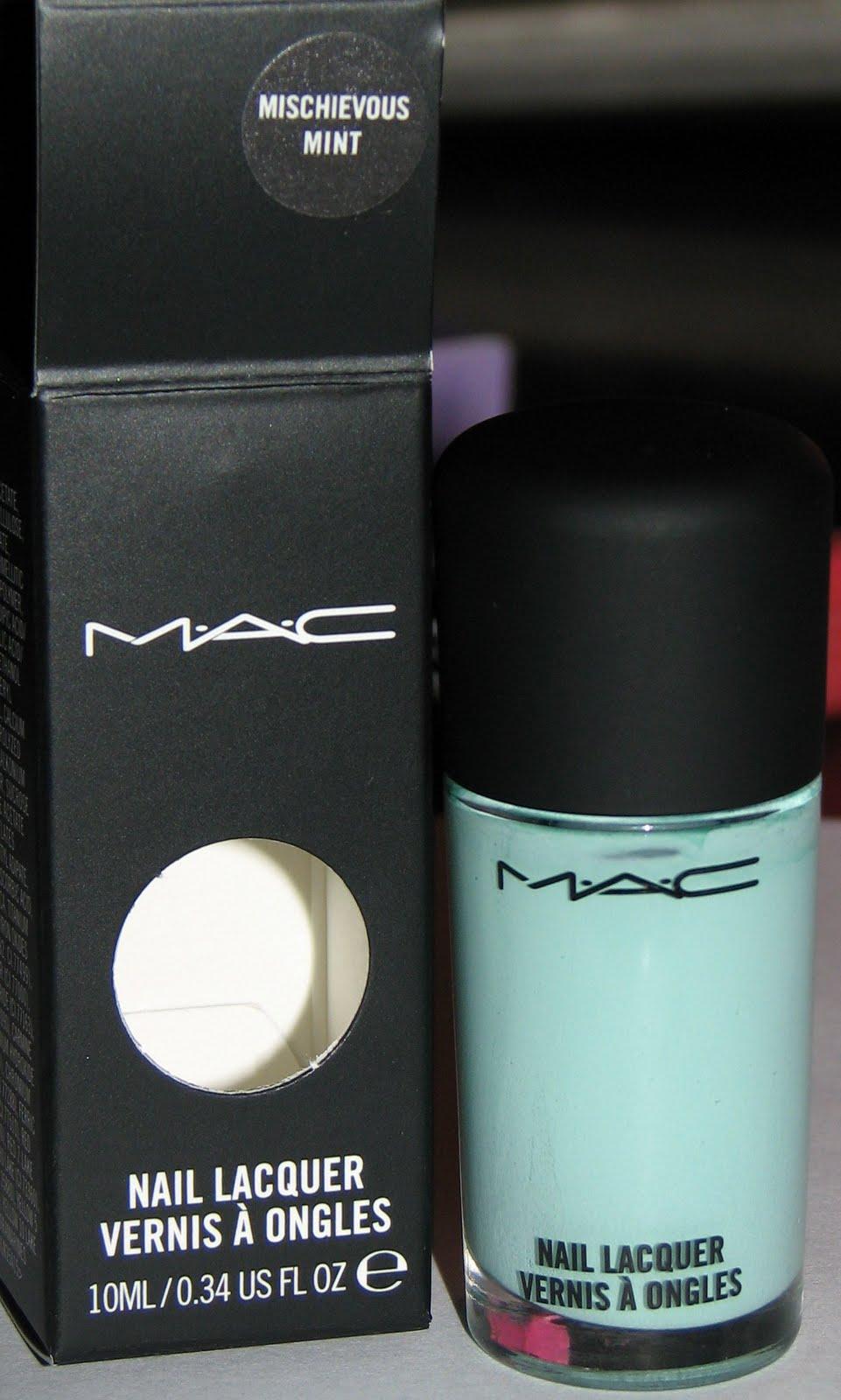 MAC Mischievous Mint Nail Lacquer - Blushing Noir