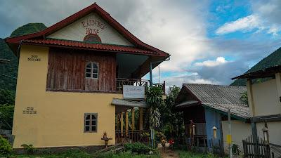 Rainbow House in Muang Ngoi Neua