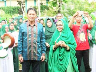 Paslon Umi Suhartini
