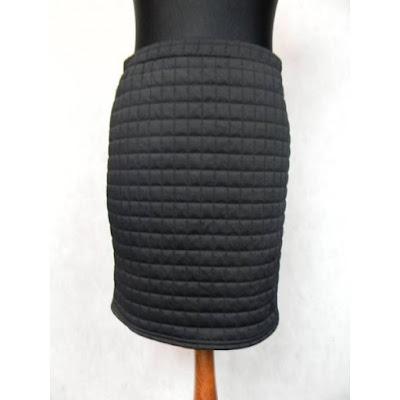 czarna ołówkowa spódnica vintage black quilted skirt fashion blog  netstylistka