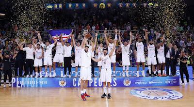 ¡La 35ª Liga de baloncesto!