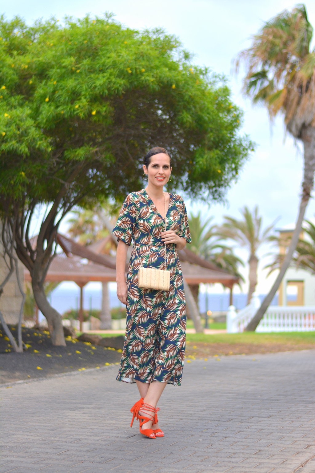 summer-jumpsuit-sfera-outfit-street-style