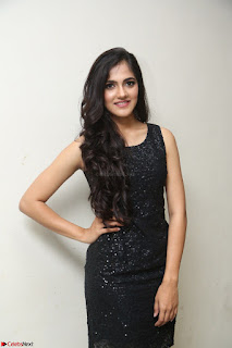 Simran Chowdary Model in Beautiful Black Dress at FBB Miss India 2017 finalists at Telangana auditions (25).JPG