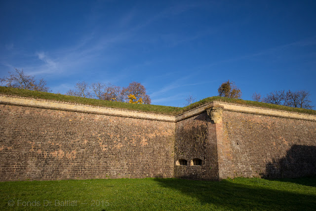 Fortifications de Neuf-Brisach… Couleurs d'automne : Front II - III
