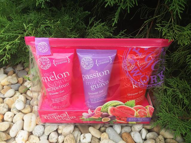Grace Cole Fruit Works sada sprchových gélov