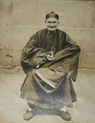 ลีชิงยุน (Li Ching-Yuen) มนุษย์ที่อายุยืนที่สุดในโลก