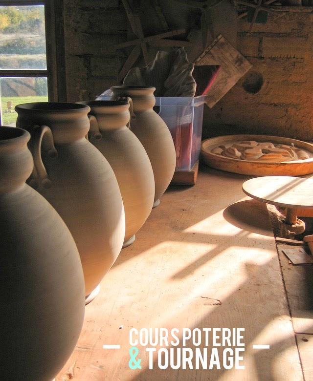 Cours de poterie au tour