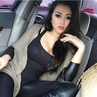 Cerita Sex Ngentot Dalam Mobil