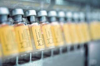 http://vnoticia.com.br/noticia/2374-apos-dia-d-vacinacao-contra-febre-amarela-prossegue-em-sfi