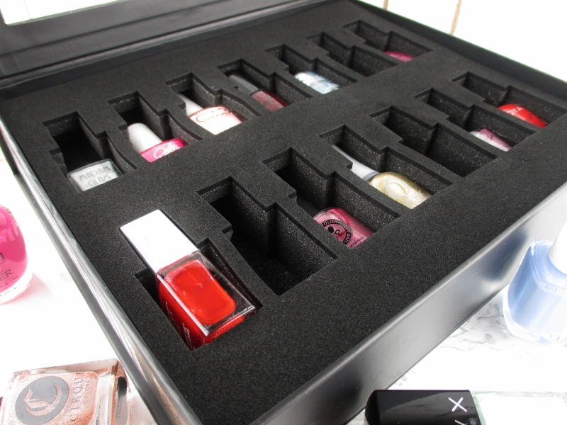 color-clutch-nail-polish-case-2