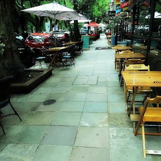 Rua Fernando Gomes: A Calçada da Fama, em Porto Alegre