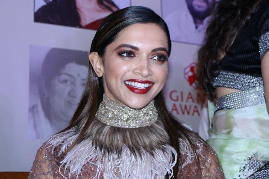 Movie Actress Deepika Padukone At International Awards