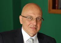 http://www.advertiser-serbia.com/vukosavljevic-javna-rasprava-medijskoj-strategiji-narednih-sedam-deset-dana/