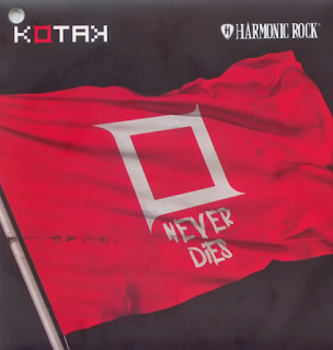 Kotak Mp3 Album Never Dies