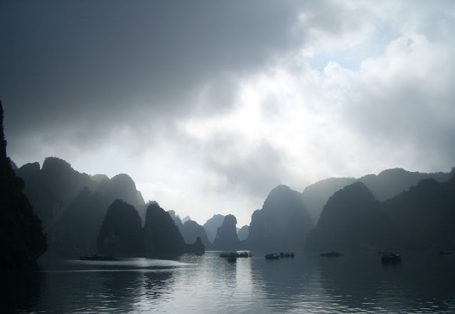 Ha Long Bay Travel Guide in December