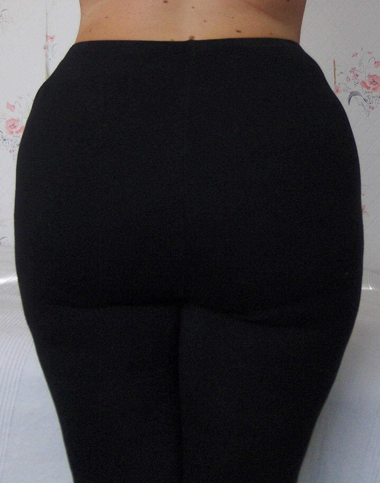 237578fb3b Flexees by Maidenform  Fat Free Dressing Shaping Leggings - Curvy Wordy