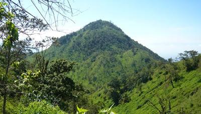 Pendakian Gunung Panderman 2.045 mdpl via Dukuh Toyomerto