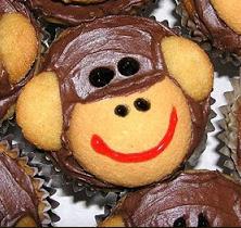 кексы и печенье с обезьяной