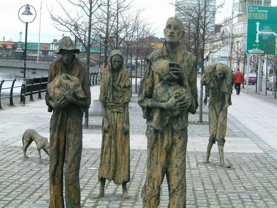 Μνημείο για τον λιμό στο Δουβλίνο